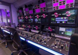 L'intérieur du Millenium Signature 12 d'AMP Visual TV