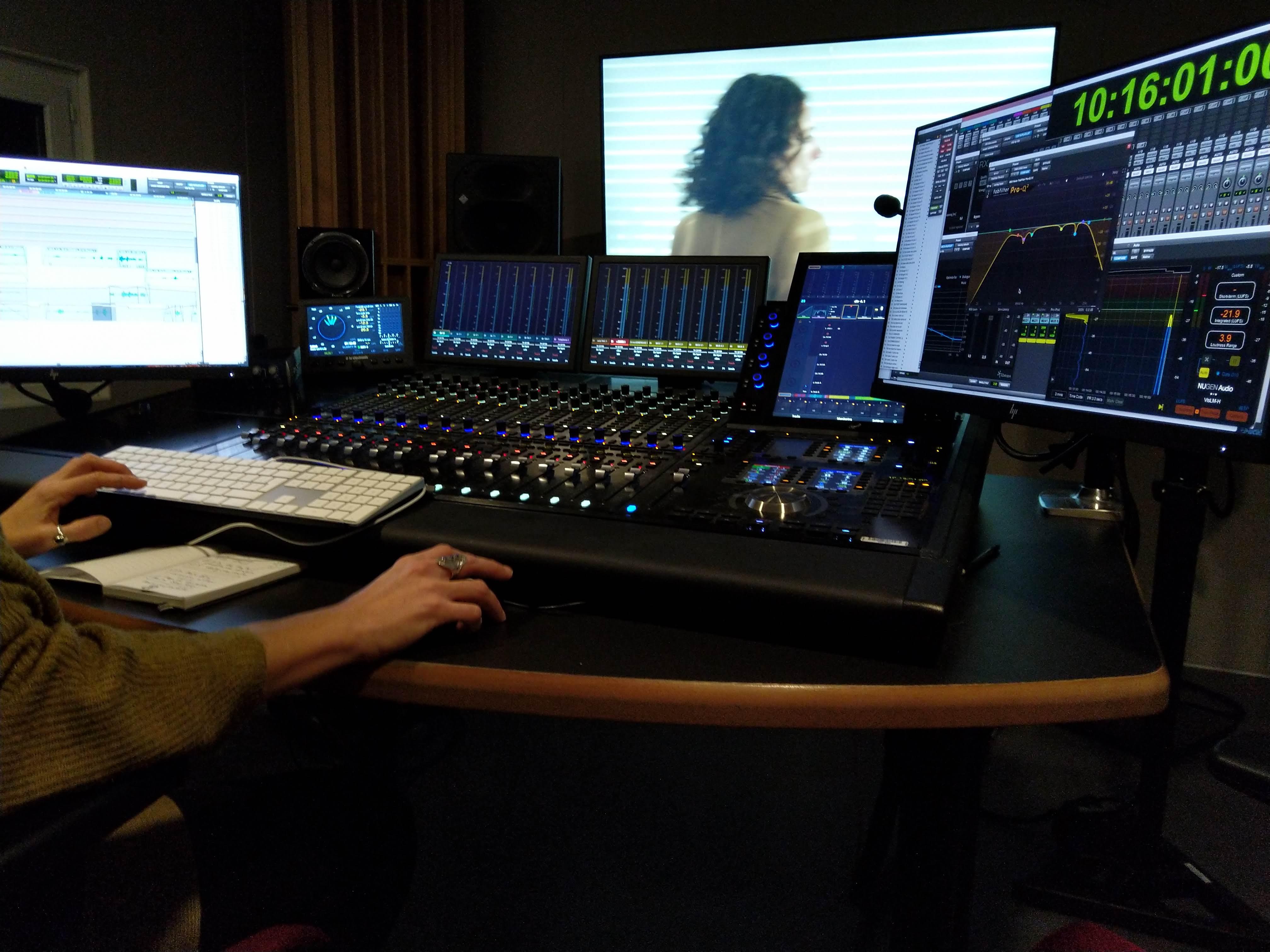 stations de montage son et mix sous Protools et surface de contrôle S6